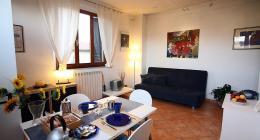 indipendente e angolo giardino privato composto da:un soggiorno ...